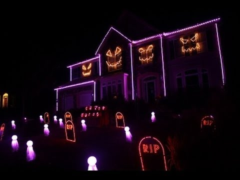 Halloween Light Show 2013 - Ghosts n