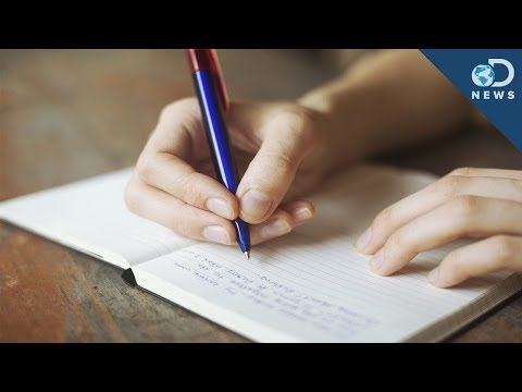 Why Cursive Is So Good For Your Brain!