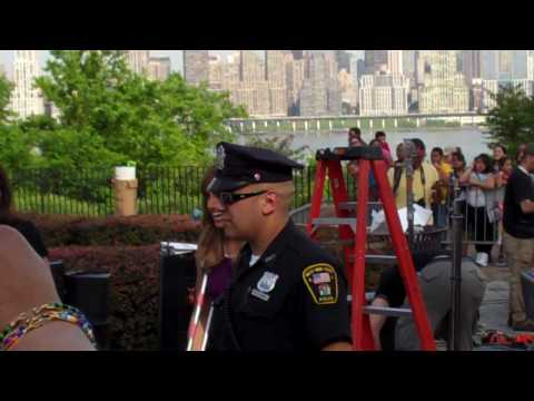 Lili Estefan on crutches greeting her fans in NEW JERSEY!!!!! Video