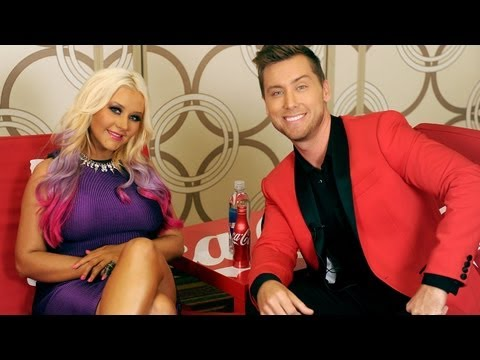 Christina Aguilera Rocks the Vote Looking Sexy - AMAsOD EP 1