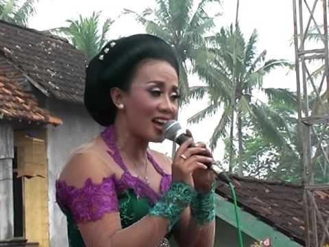 Turonggo Madyo - Setyo Tuhu pelog - Voc. Ida Saputri