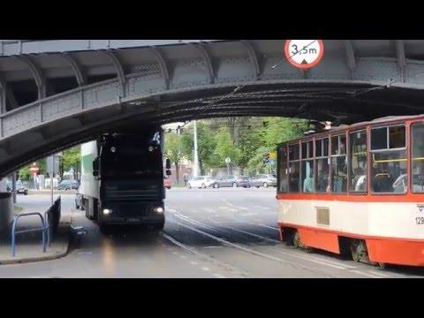 Spowodował Wypadek Na Oczach Policjantów - Zobacz Video Z Wypadku Drogowego