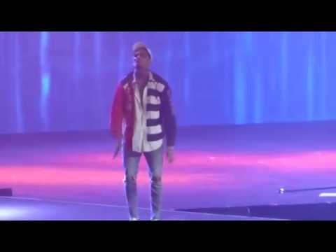 HD Chris Brown - DON'T THINK THEY KNOW [PARIS BERCY] One Hell of a Night Tour 2016