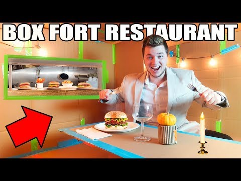 BOX FORT RESTAURANT CHALLENGE!! 📦🍔 Box Kitchen. Food & More!