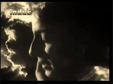 Kabhi Tanhaiyon Mein Yun Hamari Yad..mubarak Begum..a Tribute video