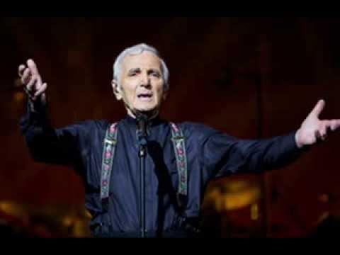 Charles Aznavour dedica conciertos a los migrantes
