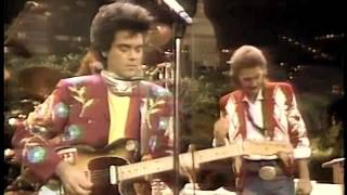 Watch Marty Stuart Busy Bee Cafe video