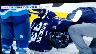 Dustin byfuglien injured vs Dallas Stars