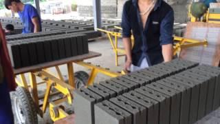 Máy sản xuất gạch không nung gạch xi măng cốt liệu  công nghệ mới