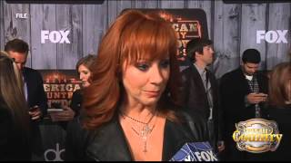 Video Reba defends Kelly Clarkson
