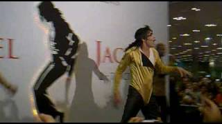 Michael Jackson Best impersonator performs Wanna be starting something