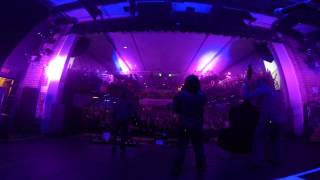 Watch Infamous Stringdusters Well Well video