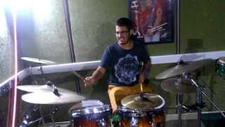 Muse-Plug İn Baby Drum Cover