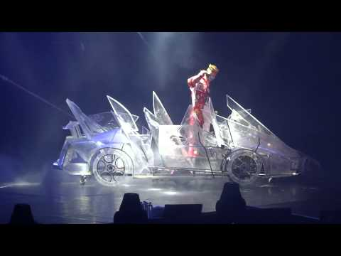 Opening + 미치go - G-dragon One Of A Kind Live In Hong Kong 2013 video