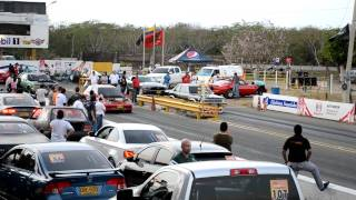 Honda Civic Turbo vs Ford Copa Carnaval 2012