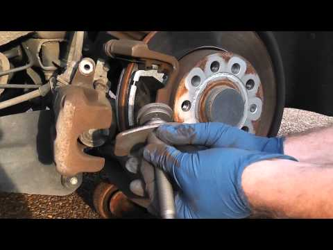 Replace 2006 VW Jetta TDI Rear Brake Pads