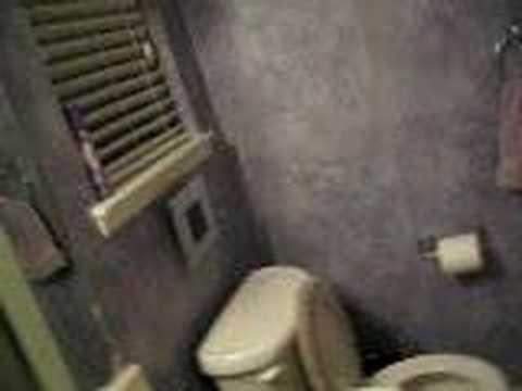Mom Sings In Shower video