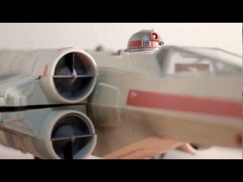 CGR Toys - STAR WARS Wedge Antilles' X-Wing Starfighter