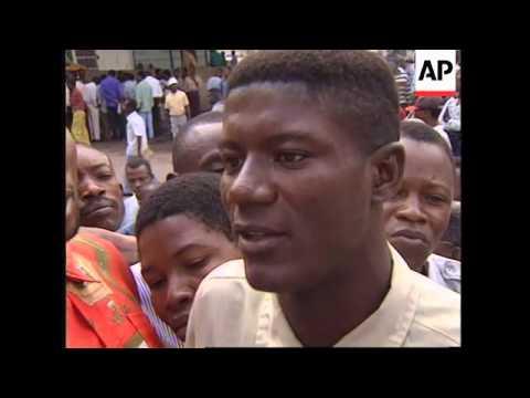 ZAIRE: LEON KENGO WA DONDO RETURNS TO KINSHASA