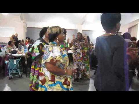 Vie Nouvelle danse au réveillon du 31 12 2011 Part 1
