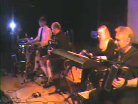 Nevis Centre Hogmanay Show 2010 – Fergie Mcdonald and his Ceilidh Band