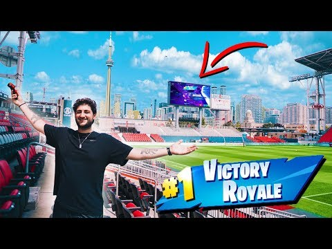 I PLAYED FORTNITE IN A PROFESSIONAL SOCCER STADIUM! JUMBOTRON