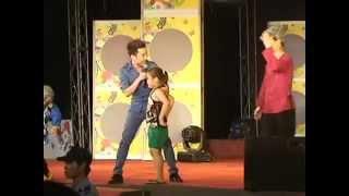 Cô bé 7 tuổi nhảy cực sung cùng Don Nguyễn