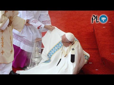 El Papa sufrió una caída en Polonia