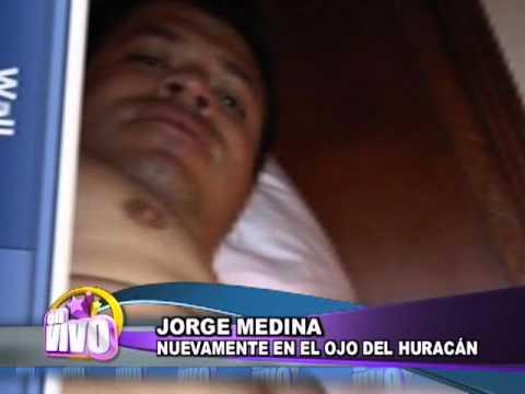 Jorge Medina de La Arrolladora desnudo en Facebook. Informe para EN VIVO por Est