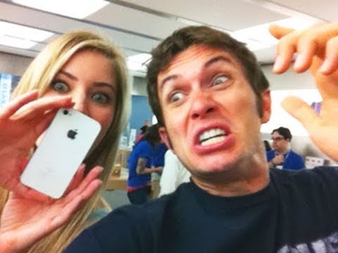 APPLE STORE DANCE-OFF!! (feat. iJustine)