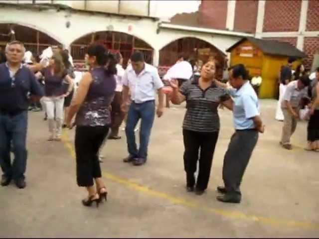 Aniversario de Crucita de Pomabamba 2012.wmv