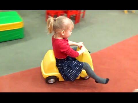 Развлечение для детей Детская игровая комната Entertainment for children Children's playroom