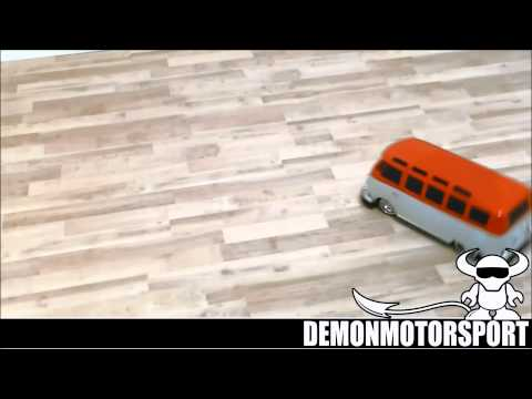 VW RC Samba Camper Van. Very Cool Split Screen 1:10 Radio Controlled