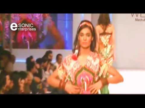Pakistani Fashion Show - 2012 -(HD)