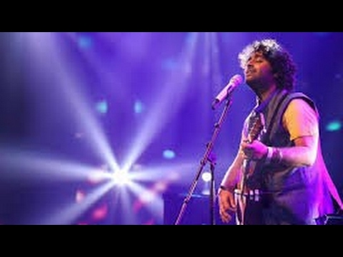 download lagu Arijit Singh Live Singing  Ik Vaari Aa  gratis