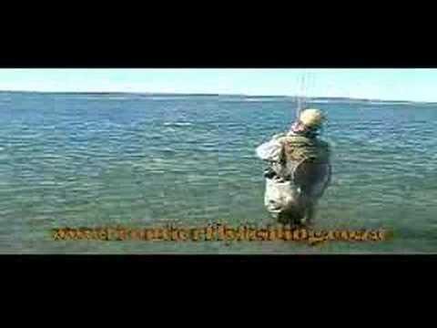 Jurassic Lake - Fishing small nymphs in the lake