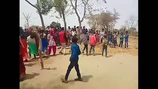 SONU PHONE UTHA OR SELFI LE Gujrati Adivasi dance