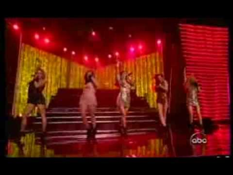 The Pussycat Dolls Ft Snoop   Buttons Ama Live) video