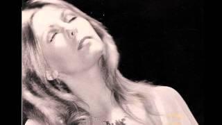Watch Annie Haslam Seashell Eyes video