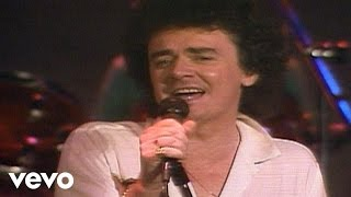 Watch Air Supply Keeping The Love Alive video