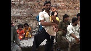 Parents 'kill pregnant woman for honour' in Pakistan