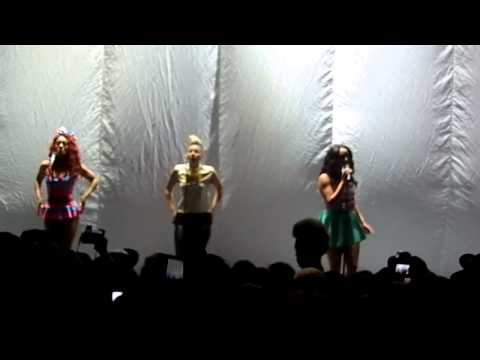 Stooshe - Black Heart - Nicki Minaj London Pink Friday Tour