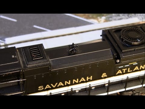 MTH HO Scale NS Heritage SD70ACe Review