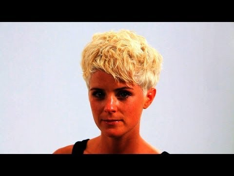 How to Style a Pixie Haircut | Short Hairstyles
