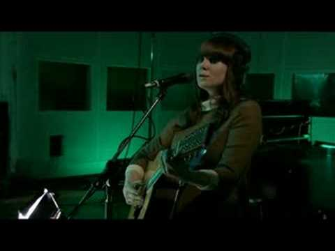 Kate Nash - Nicest Thing Live on Abbey Road Video