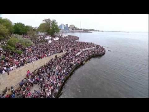 Putin Visits Annexed Crimea on Victory Day
