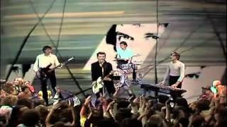 Watch Icehouse Sister video