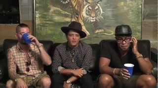 Bruno Mars - Locked Out Of Heaven Single Premiere, Chat & Google Hangout