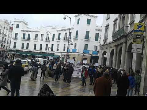 تجار سوق سيدي طلحة يحتجون