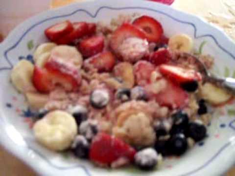 Healthy Oatmeal/fruits/berrys/protien power breakfast